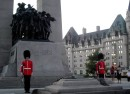 Tomb_of_the_Unknown_Soldier_-_Tombe_du_Soldat_inconnu