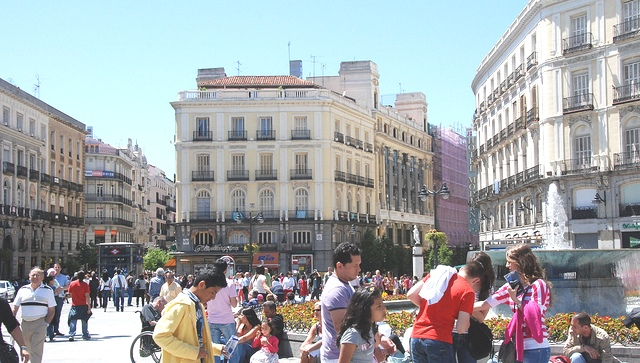 Lost and found in madrid part ii for Cc puerta del sol