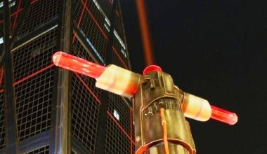 STAR WARS LIGHTSABERS SPEAR MADRID'S HOLIDAY SKYLINE