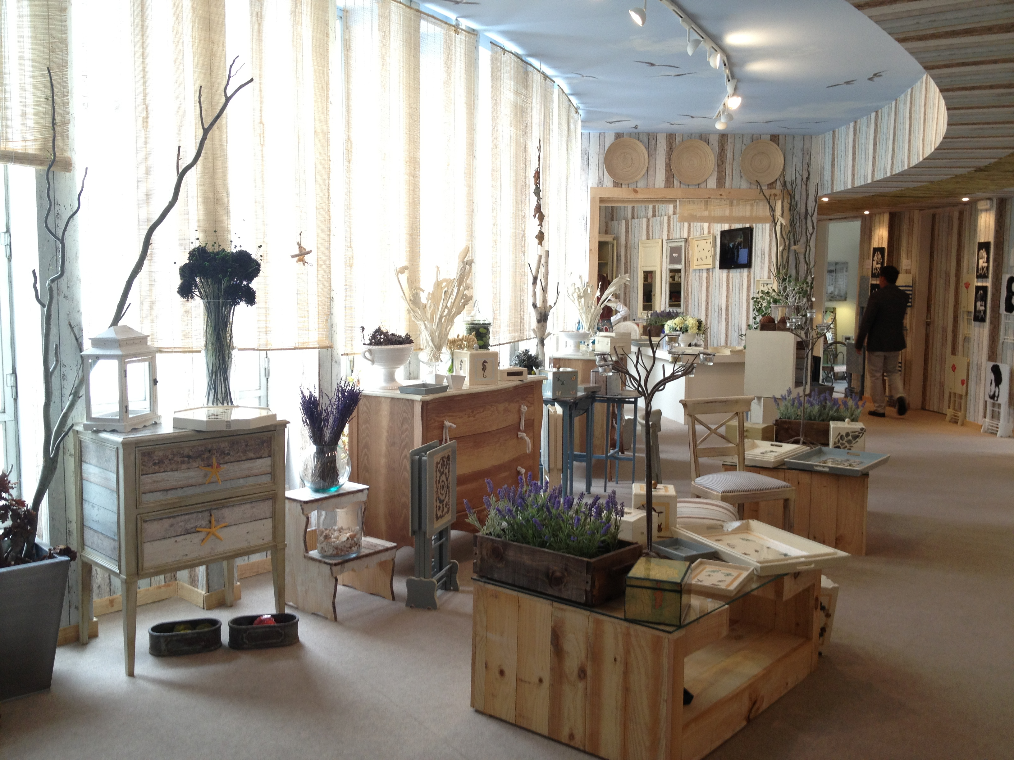 Making history new again a review of casa decor s - Carmen pardo valcarce ...