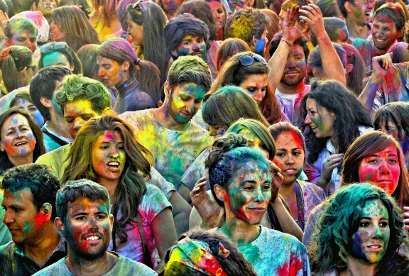 EDITOR'S BLOG: Indian Spring Festival Hits Madrid. Join!