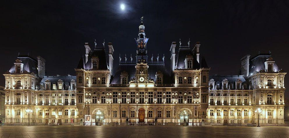 Anne hidalgo andalusian cinderella in the h tel de ville for Hotel deville paris