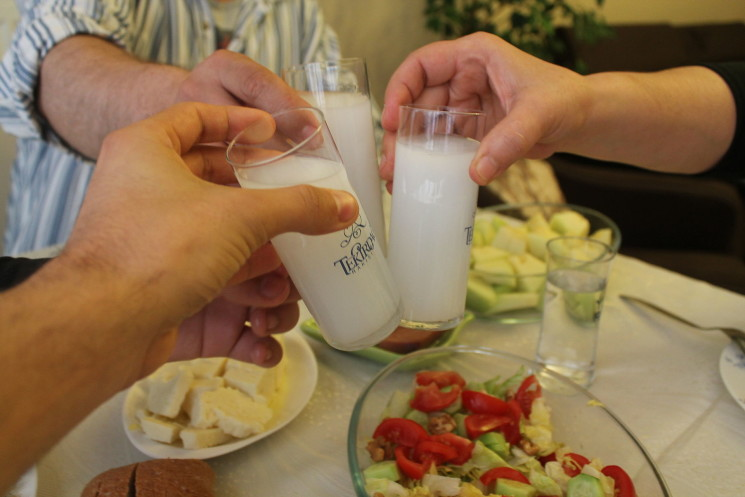 NATIONAL BEVERAGES BACK TO BACK – 1: Turkey's Raki and Spain's Sangria