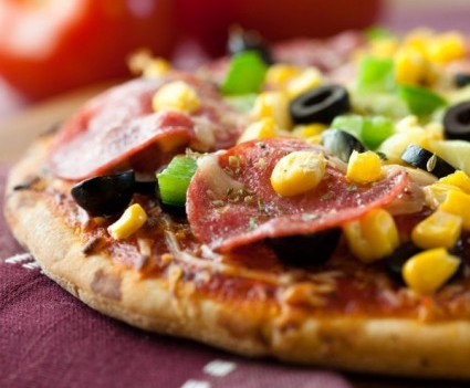 STATESIDE STORIES: PIZZA PIZZAZ!