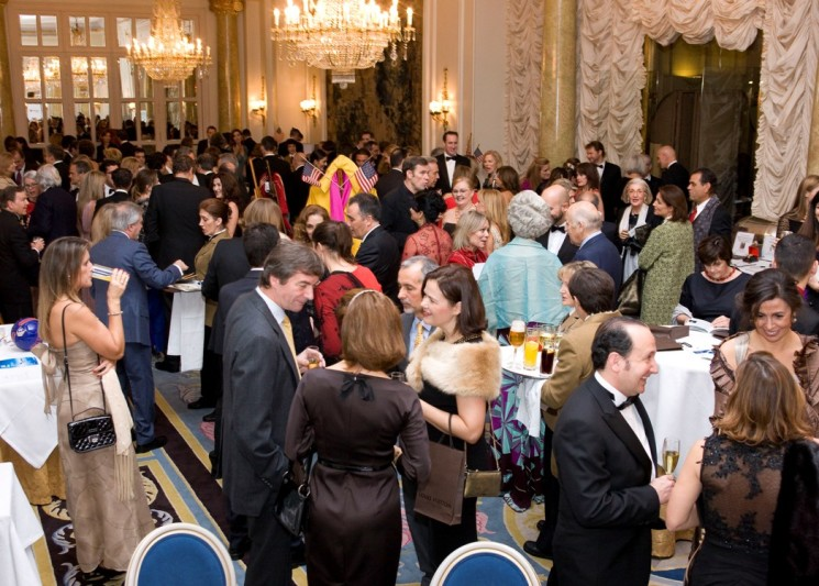 ACM's RITZY GALA RAISED €10,000 FOR THE RONALD McDONALD HOUSE