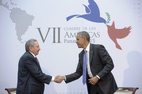 STATESIDE STORIES: Castro and Obama Shake on It