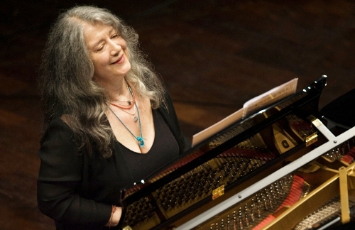 THE MUSIC SCENE: Martha Argerich's Brilliant Debut with La Filarmonica