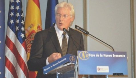 "Richard Gere: ""Everybody has the right to have a home and a community"""