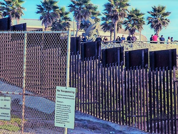 STATESIDE STORIES: A Fence or a Wall, Trump Gives his All!