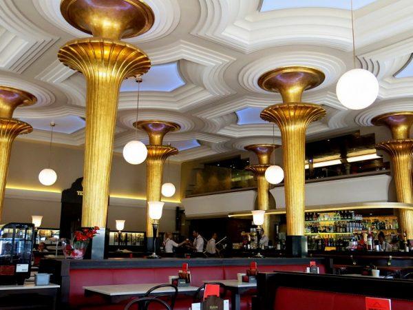 THE CAFÉ GIJÓN, THE SPIRIT OF MADRID SINCE 1888